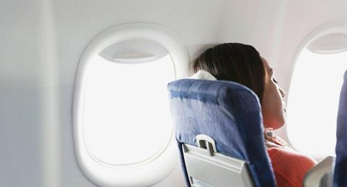 Что выпить в самолете чтобы уснуть