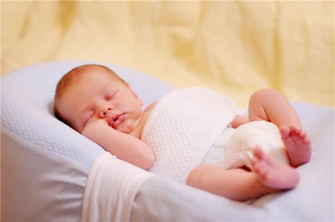 Лучшие матрасы для новорожденных 2019 для сна: как выбрать и какие лучше матрасы и коконы для новорожденных