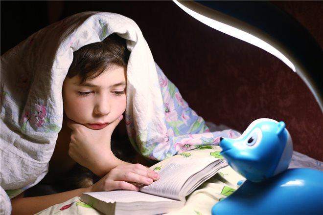 Причины нарушения сна у школьников и подростков