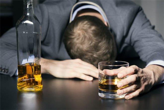 Алкоголь и антагонисты мелатониновых рецепторов